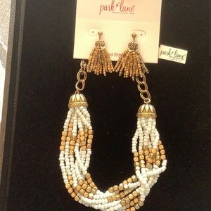 Park Lane Faye Necklace and Earrings, Antique gold